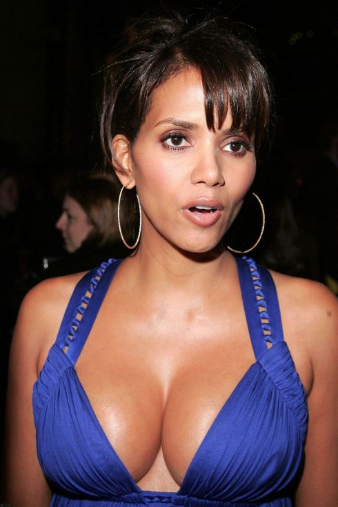 As a multimillionaire actress, Halle Berry really should not have to smuggle melons underneath her dress, but YOU might have to steal food in your old age if you continue to allow Republicans to destroy Social Security and Medicare.  Join the Democratic Party to save yourself, and you just might hook up with a slim but stacked black woman.
